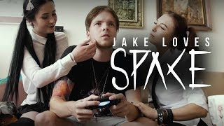 Video Jake Loves Space - Partycore Girlfriend feat. Egor Erushin (Offi
