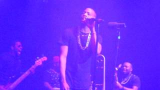 "TROMBONE SHORTY featuring Elle Varner ""Something Beautiful"" Capitol Theatre Port Chester NY 12-31-15"