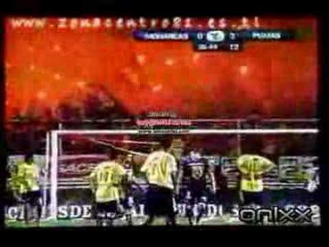 """locura 81 bengalas"" Barra: Locura 81 • Club: Monarcas Morelia"