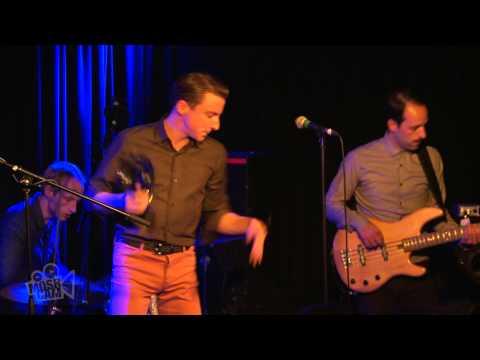 Eugene McGuinness - Fonz (Live in London)   Moshcam