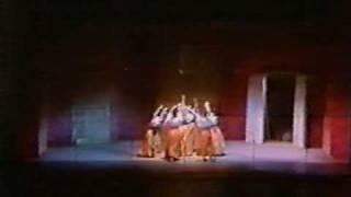 Mix - ANNABELLA E LE SORELLE da LA FANCIULLA CHE CAMPAVA DI VENTO Musical di Tony Cucchiara