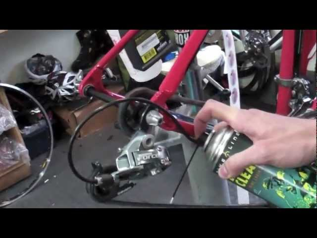 Видео Очиститель для цепи и звезд Motorex EASY CLEAN 500 ml