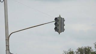 UTV. В Уфе чиновники хотят убрать светофор, установленный на частные деньги