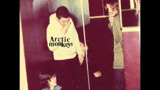 Arctic Monkeys - Fire And The Thud