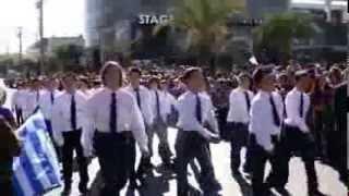 Ραφήνα 28 Οκτωβρίου 2013: Η μαθητική παρέλαση