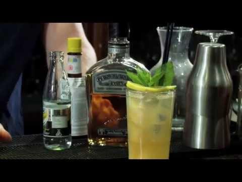Video Lynchburg Lemonade Cocktail Recipe - JJ Goodman - Gentleman Jack