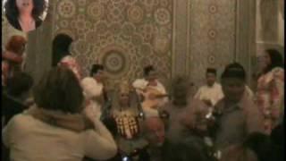 preview picture of video 'טיול במרוקו -אדוה לובשת בגדי כלה'