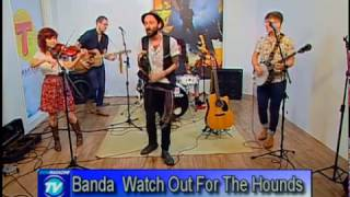 Programa Show Magazine Tv - Banda Watch Out For The Hounds - Musica: Guia para o Perdido