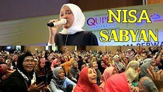 Meriah... NISSA SABYAN Live Show Di Batam   Ya Jamalu