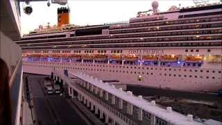 preview picture of video 'Costa Deliziosa Vs Costa Pacifica - Savona Arrival'