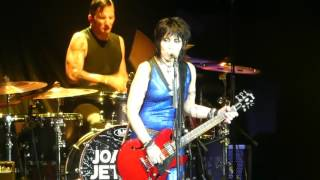 """Love Is All Around"" Joan Jett & the Blackhearts@BBT Pavilion Camden, NJ 7/27/17"