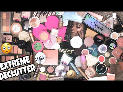 MAKEUP COLLECTION DECLUTTER // BLUSHES + HIGHLIGHTERS!