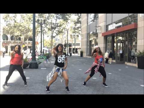 """Toma Que Toma"" Angeles Azules (Zumba)"