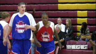 Demarquise Johnson Starts PANGOS Off RIGHT with the #PIZZA....