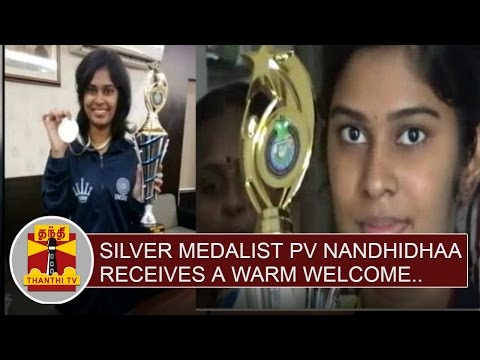 World-Junior-Chess-Championship--Silver-Medalist-PV-Nandhidhaa-receives-a-warm-welcome-Thanthi-TV