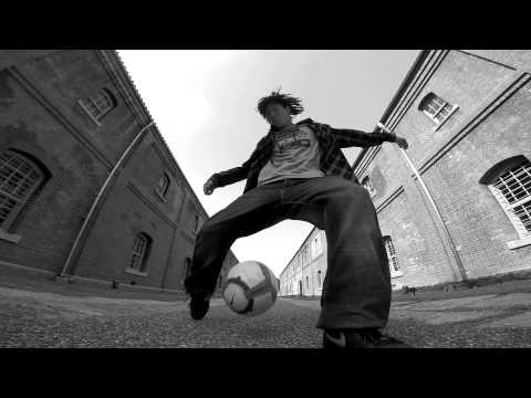 YOSSHI Skills Represent ALEG-Re Freestyle Football 2014