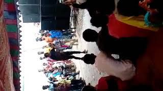 Chinni Chinni Chiru Navvu Deni  Vijay Banjara Dancer