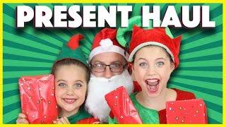 ❤️ CHRISTMAS PRESENT HAUL Bad Santa scares elves! Rainbow Unicorn Sponge Bob My Little Pony mlp