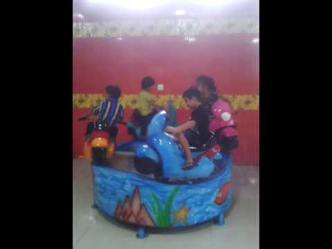 Amusement Kids Bike Ride
