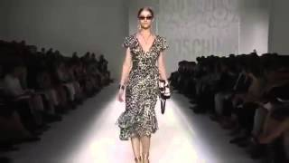 SimpleFashion ru Показ Moschino на неделе моды в Милане S S 2012
