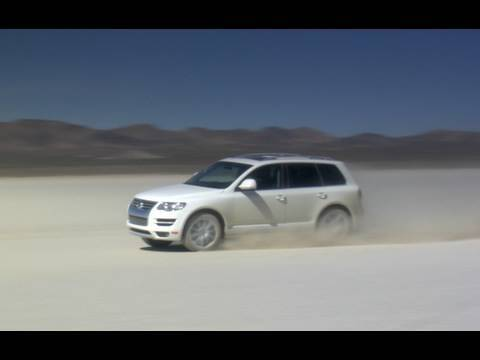 Volkswagen Touareg TDI Top Speed Dry Lake Test