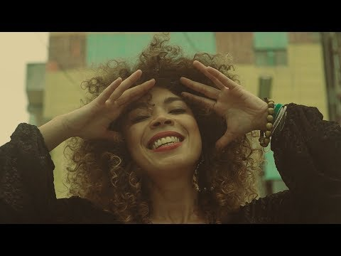 Brésil - Flavia Coelho - DNA