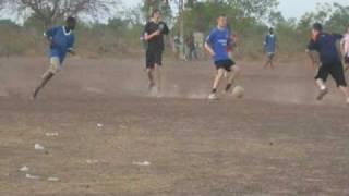 preview picture of video 'Match de foot Creutzwald France - Sourgou Burkina Faso.'