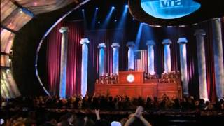 "Eminem Live at the 2002 MTV VMA Awards Performing ""White America and Cleaning Out My Closet"""
