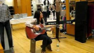 "Charlotte Sometimes ""Call Me Up"" live @ Gap (08/20/09)"