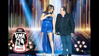 "Video thumbnail of ""Βασίλης Καρράς – Έλενα Παπαρίζου / ""Αστην να λέει"" | Μad VMA 2019 by Coca-Cola"""