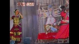 preview picture of video 'AGOMONI 2013 AT THE LSSSS SUDAKSHINA DEB & CHAYANIKA GOGOI PRESENTING AVANDANA IN THE DANCE FORM'
