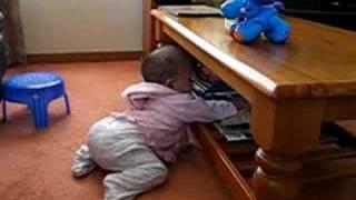 Baby start standing up