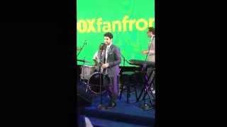 Даррен Крисс, Darren Criss - FOXfanfronts 2014 (Full Performance)