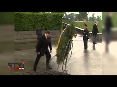 Верховная Рада окончательно лишила беглого Януковича статуса президента Украины