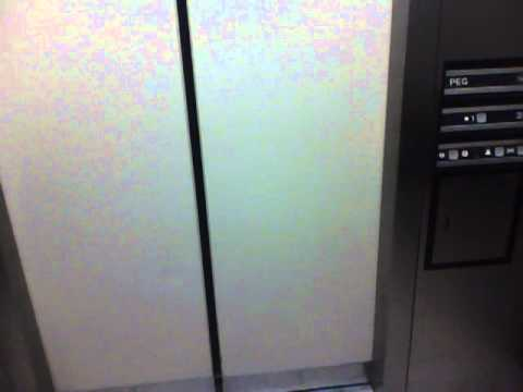 Graeginator Rides The Elevator at Nordstrom Rack on Chicago Ave. in Downtown Chicago