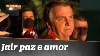 Bolsonaro puxa 'Pai Nosso' com jornalistas
