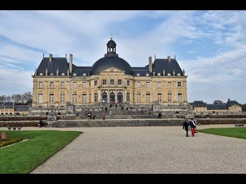 village MAINCY LEZ MELUN -77-Château Vaux le Vicomte - J.FORTIN édit. 1927