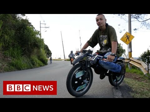 Risking death for thrills in Colombia - BBC News