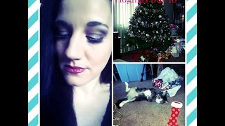 preview picture of video 'Vlogmas Day 10: Bad Kitty, Holiday Look, SUN, New Boots for Julia and Pizza Again?'
