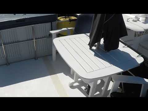 Carri-Craft 60 Power Cat Houseboatvideo