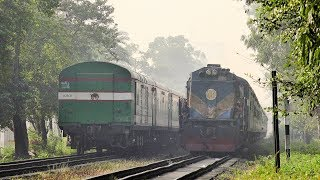 Inter-city Nilsagar Express with new replaced LHB Rakes crossing with Dhumketu Express Train