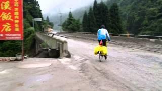 56岁香港画家骑行川藏318国道 Day03 新沟前至新沟
