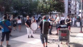 preview picture of video 'mendaro motxailak band'