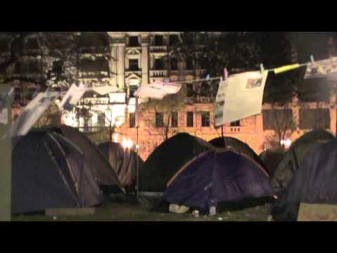 Occupy Frankfurt am Main Zelt Sprache