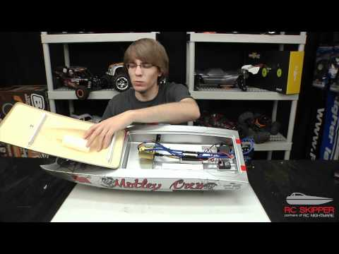 Aquacraft Motley Crew RC Boat Unboxing & First Review