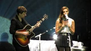 Penguin - Christina Perri Live in Manila 2015