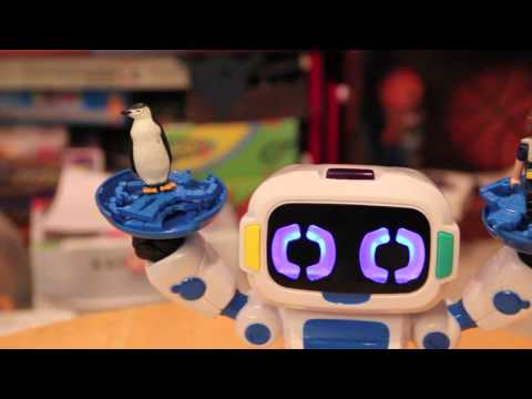 Review: Tipster Robot from WowWee, Your First Robot Friend