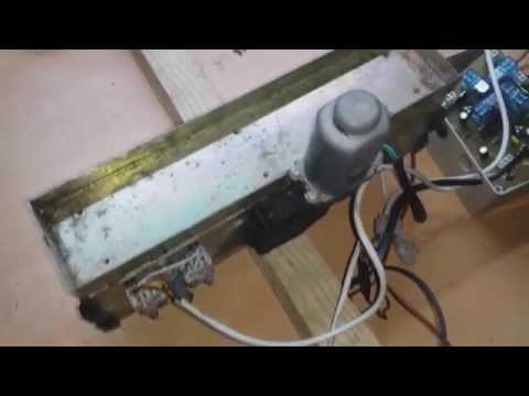 Motor de arrastre para portal corredera de doble hoja