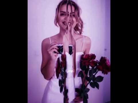 Marina Yers Se Sienta En Caca De Paloma смотреть онлайн на Hahlife