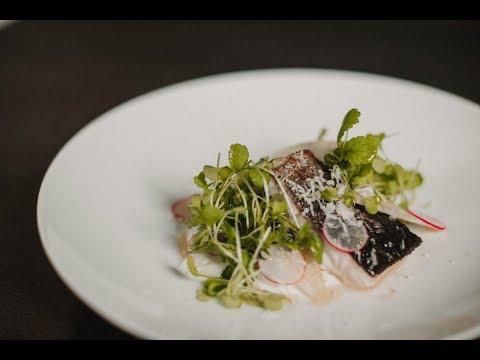 Filetto di salmerino in padella con Mela Alto Adige IGP e rafano